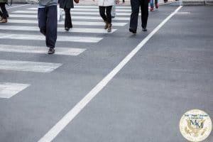 PEDESTRIANS – WALK ALERT AND ATTENTIVE! 3